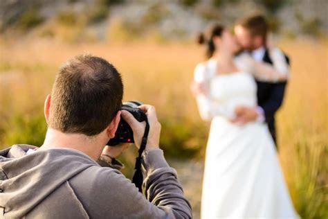 20 Ways to Get Cheap Professional Wedding Photographers