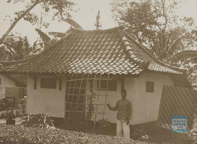 66 Koleksi Gambar Rumah Adat Capit Gunting HD