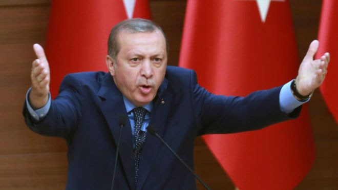 In this picture, Turkish President Recep Tayyip Erdogan delivers a speech at the Presidential Complex in Ankara on 29 September, 2016.