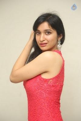 Sakshi Kakkar New Photos - 6 of 35