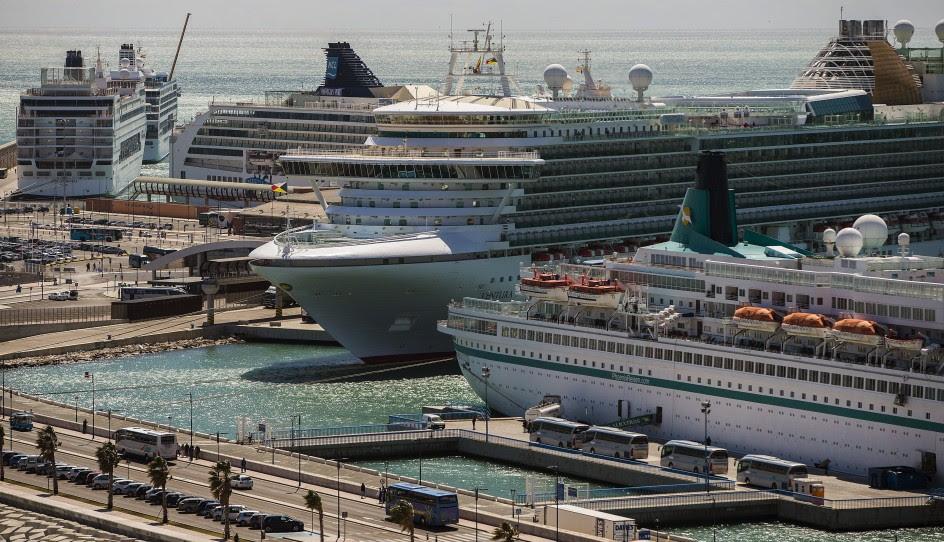 10.000 cruceristas llegan a Málaga