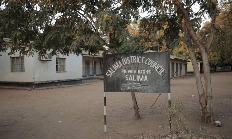 La oficina del distrito ante la que los agricultores de Kuluunda se concentraron durante 18 días.