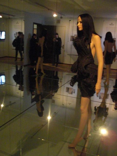 Voici Paris! Haute Couture
