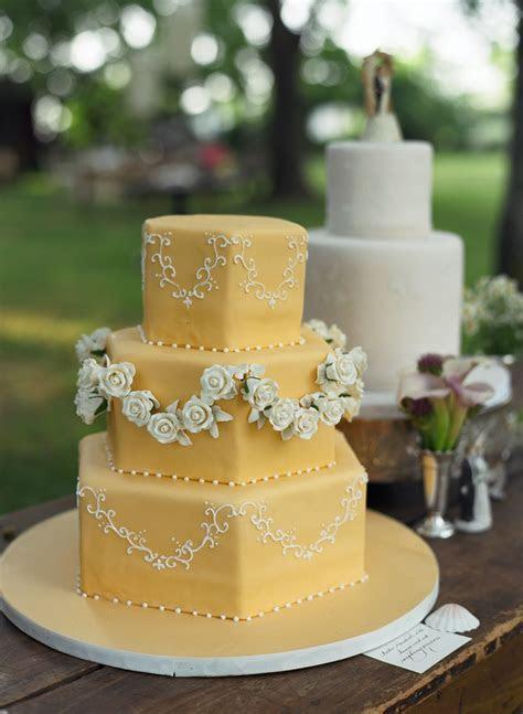 EVENT DESIGN: Vintage Wedding Cake Toppers   Evantine