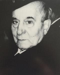 Rafael Gómez en 2004, tras el primer reconocimiento a La Nueve del Ayuntamiento de París