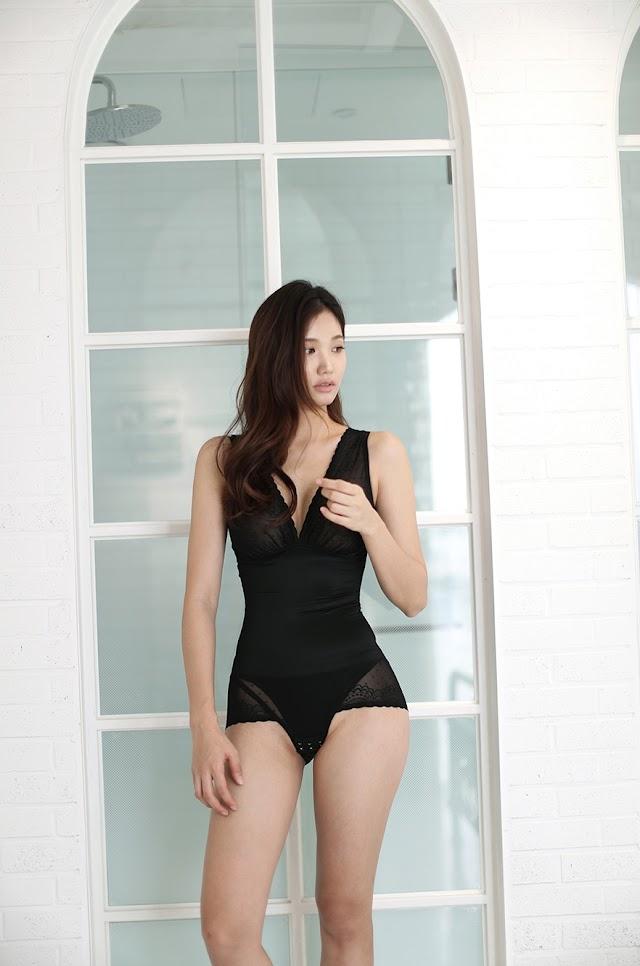 Lee Hee Eun - Cellulite Correction Black Bralette Slip