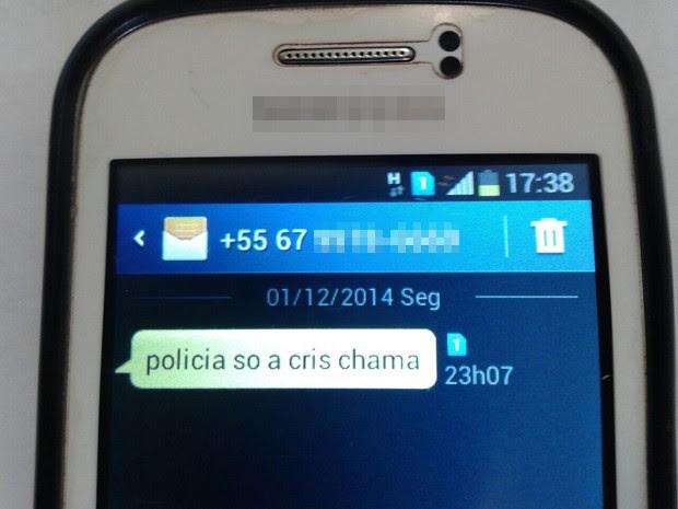 Mensagem no celular da vizinha encaminhada pela vítima (Foto: Osvaldo Nóbrega/ TV Morena)