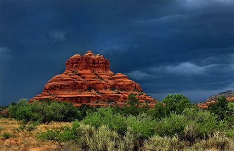 Bell Rock in Sedona Arizona   Hiking Bell Rock