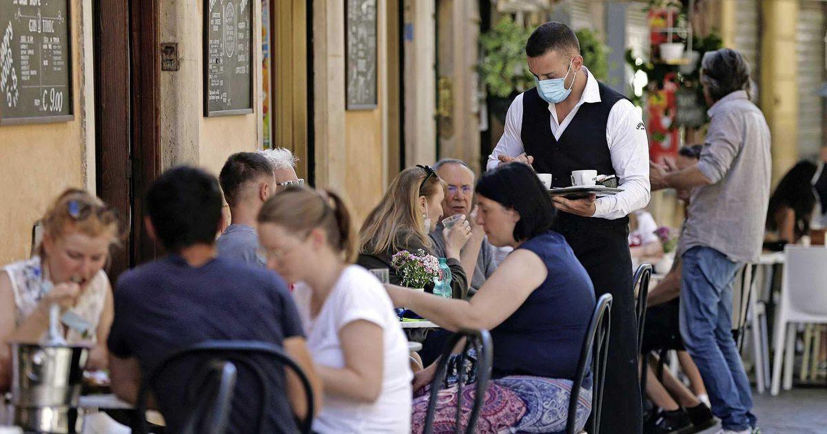 LIVE | Verplichte coronapas voor restaurants en bars in Italië