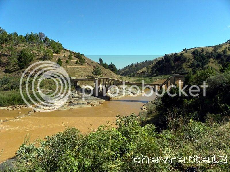 http://i1252.photobucket.com/albums/hh578/chevrette13/Madagascar/DSCN1649Copier_zps5a7a6f12.jpg