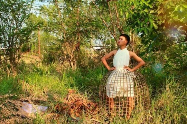 14 Gambar Fesyen Pakaian Paling Pelik , Unik dan Aneh Abad Ini !