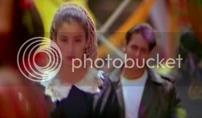 http://i298.photobucket.com/albums/mm253/blogspot_images/Khamoshi/PDVD_013.jpg