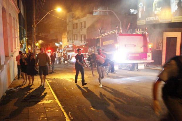 Pelo menos 245 pessoas morreram devido a incêndio em boate em Santa Maria Germano Roratto/Especial