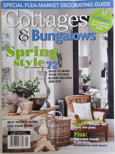 I'm in the new Cottages & Bungalows magazine :)