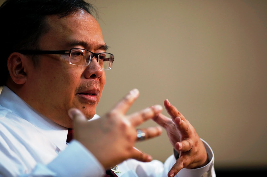 Indonesia to impose anti-dumping duties to prop up rupiah
