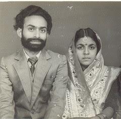 कृष्णबिहारी पत्नी के साथ