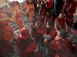Ver vídeo  'En China siguen buscando supervivientes del terremoto'