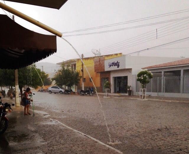Chuva em Parelhas - Foto: Joelma de Souza