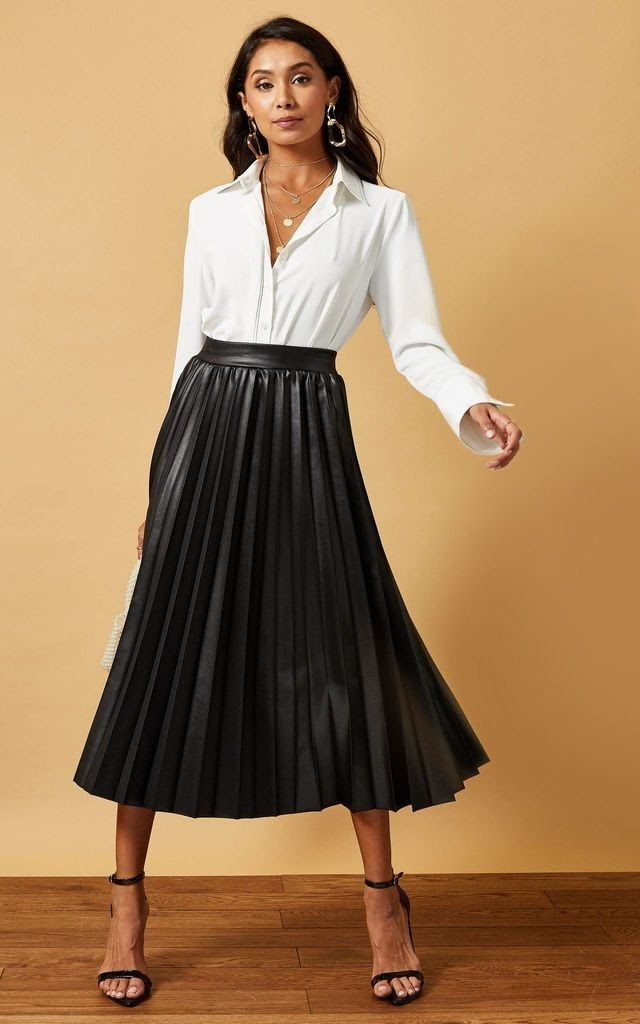 STYLING GUIDE: HOW TO STYLE A MIDI SKIRT LIKE A PRO
