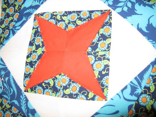 handquilting on Sew. Happy