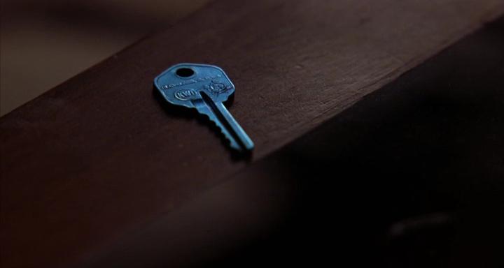 http://www.tasteofcinema.com/wp-content/uploads/2014/06/mulholland-drive-blue-key.png