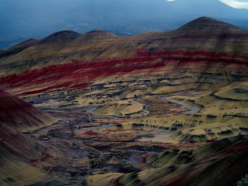 Painted Hills  - Oregon's John Day Fossil Beds National Monument