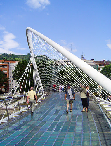Campo Volantín footbridge, Bilbao, Spain, by jmhdezhdez