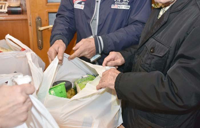 Άρτα: Διανομή τροφίμων στο Δήμο Γ. Καραϊσκάκη