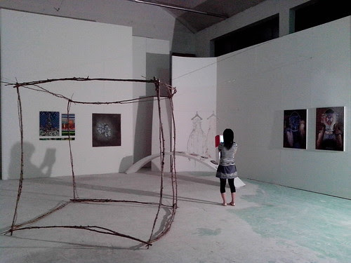 Una mostra improvvisata a regola d'arte by Ylbert Durishti