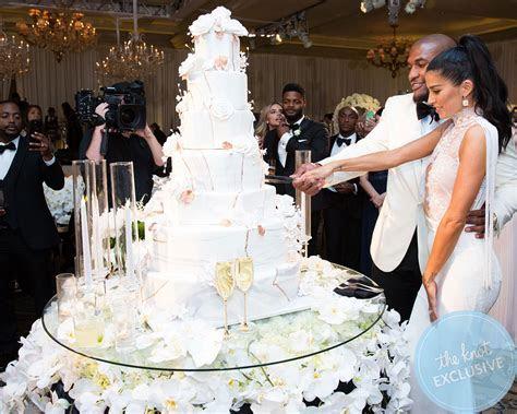 Celine Dion Wedding Cake   Midway Media