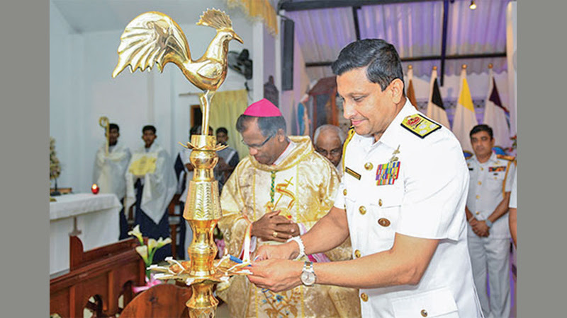 Navy Commander Vice Admiral Nishantha Ulugetenne inaugurating the event.