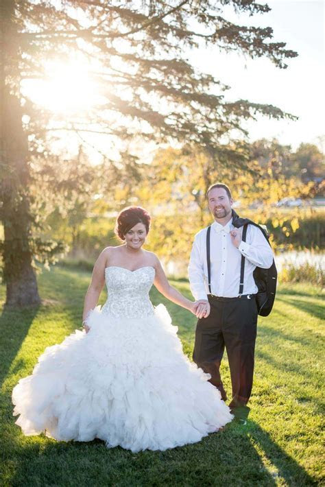 SAY YES TO THE DRESS TO HIGHLIGHT WILDERNESS WEDDING