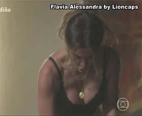 Flavia Alessandra sensual na novela SetimoGuardião