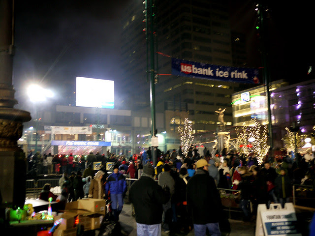 Fountain Square tree lighting