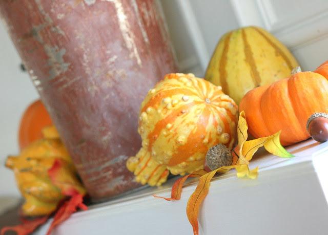 Mantle Gourds