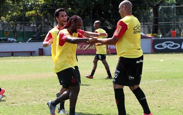 Adriano, Love, Ibson, Flamengo (Foto: Fernando Azevedo / Fla Imagem)