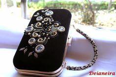 Deianeira's jewellery: Poseta box clutch- catifea neagra brodata cu matase laminata aurie, margelute toho,cristale swarovki,perle, margele cabochon,maner detasabil crosetat