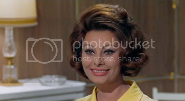 photo sophia_loren_comtesse_h_k-8.jpg