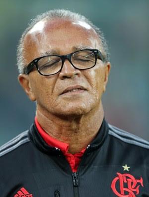 Jayme de Almeida incrédulo com a atuação do Flamengo (Foto: HEULER ANDREY/DIA ESPORTIVO/ESTADÃO CONTEÚDO)