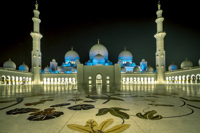 4360286_99px_ru_photo_75006_mechet_shejha_zajda_oae__sheikh_zayed_mosque (700x466, 67Kb)