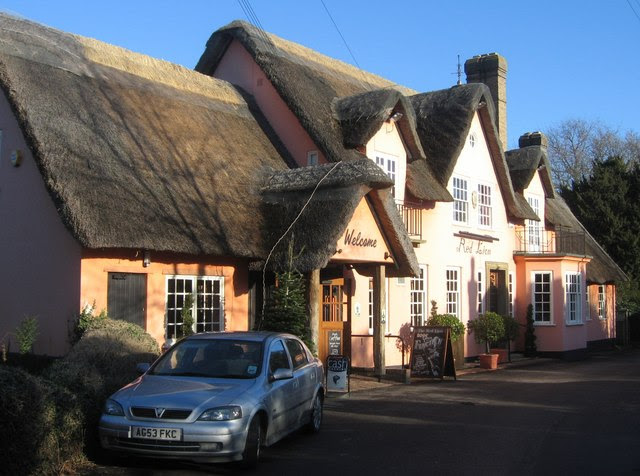 File:The Red Lion - geograph.org.uk - 649097.jpg
