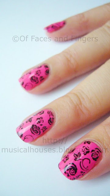 funky valentine day nails 3