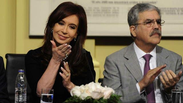 Cristina Kirchner y Julio De Vido, nuevos imputados en la causa por lavado de dinero que comenzó contra el empresario Lázaro Báez