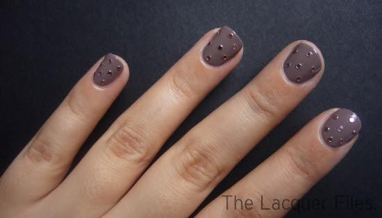 Eyeko Posh Polish Round Shaped Pink Glitter Viva La Nails Nail Art Dotted Manicure