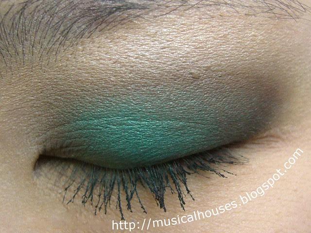 MUFE Blue Sepia eye look closed