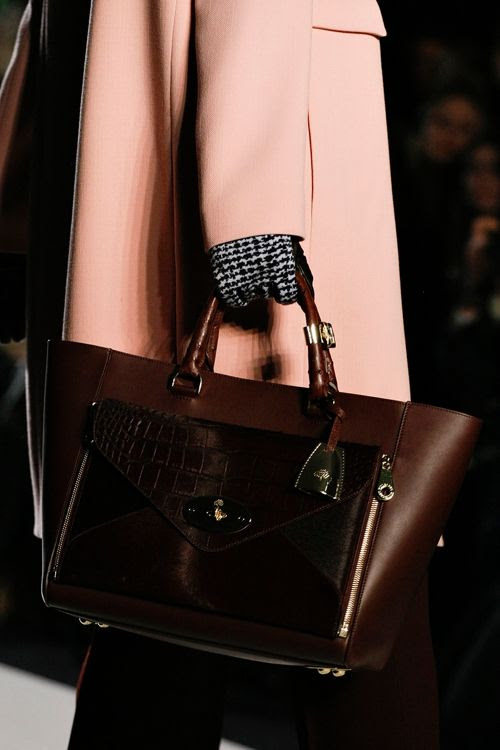photo mulberry-rtw-fw2013-detail-18_084402952259_zps8b6989d8.jpg