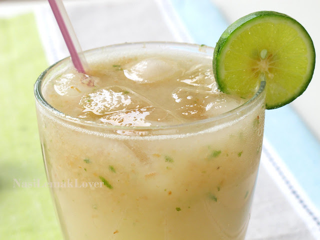 Lychee and Lime Soda drink