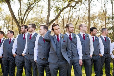 What Should You Expect From The Best Man And Groomsmen