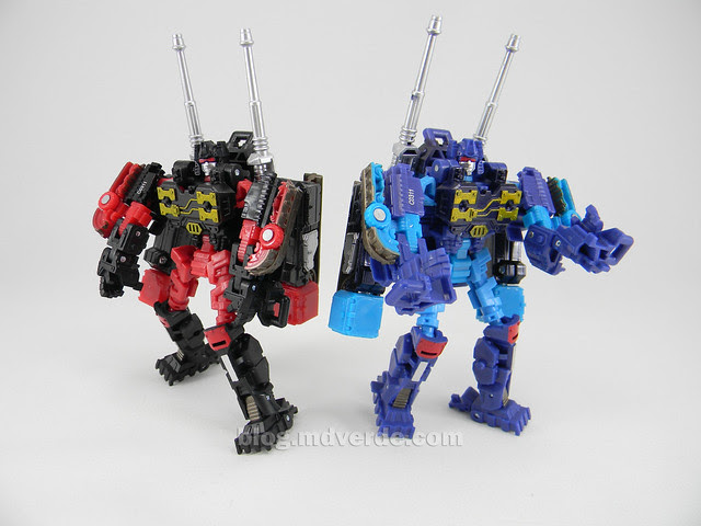 Transformers Frenzy & Rumble United Scout - modo robot