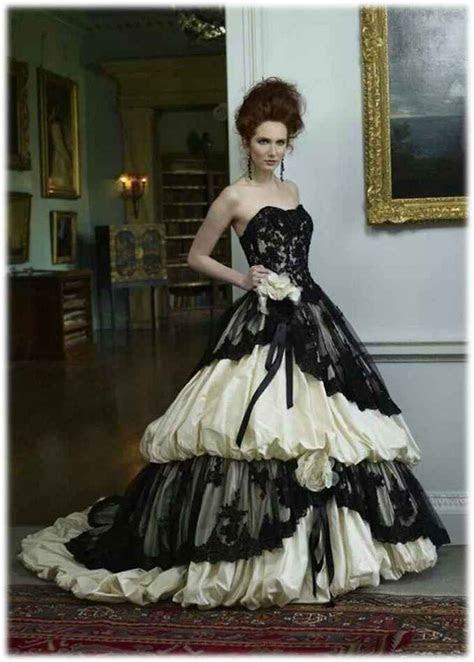 Black and White Gothic Wedding Dress   Wedding Ideas